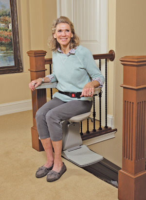 Elan Straight rails stairlift Model SRE-3000 Seat Swivel